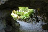 entrée grotte 2 - parc Majolan - école Montessori Internationale Bordeaux