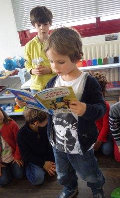 lecture voix haute montessori