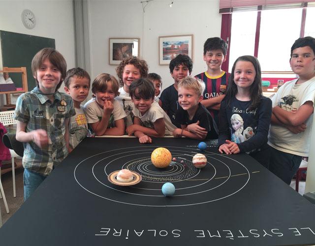 expérience Montessori international Bordeaux : système solaire