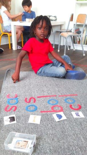 alphabet mobile montessori bordeaux