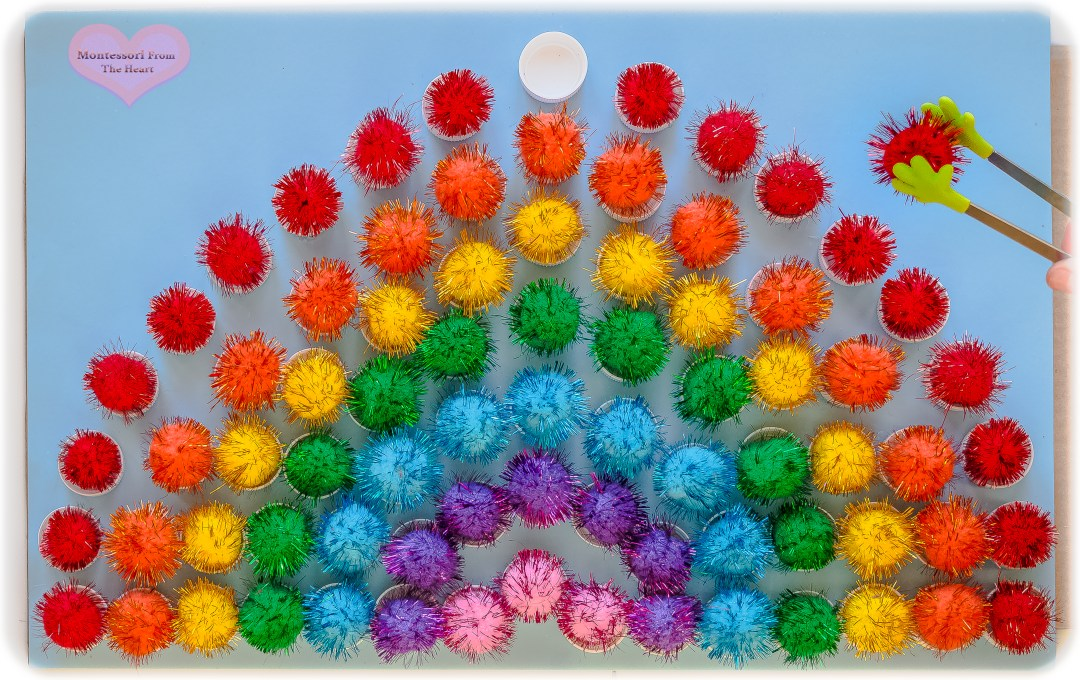 Plastic Bottle Caps Pom-Poms Rainbow DIY