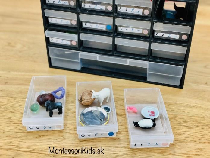 Montessori miniatúry rozvoj jazyka