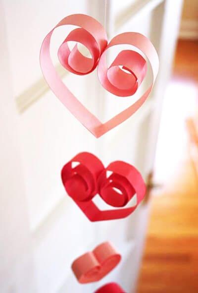 Trái tim giấy màu
