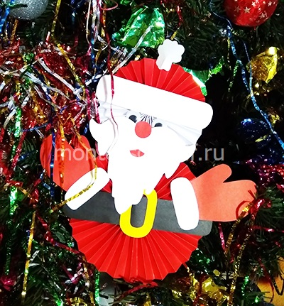 Рождестволық безендіру «Санта-Клаус қағаздан»