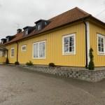 Framsidan av förskolans hus Gula villan
