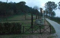 Il parco antistante il colle, luogo di passeggio per bambini ed adulti