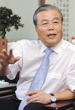 [인터뷰] IMF 외환위기 예견했던 金鍾仁 前 경제수석의 한국 경제 진단 : 월간조선