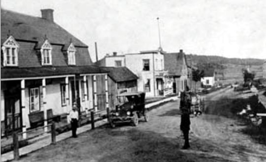 Le magasin général de Gaspard Galarneau vers 1920