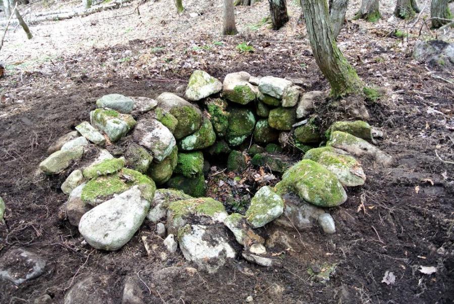 Village Lafontaine: puits abandonné