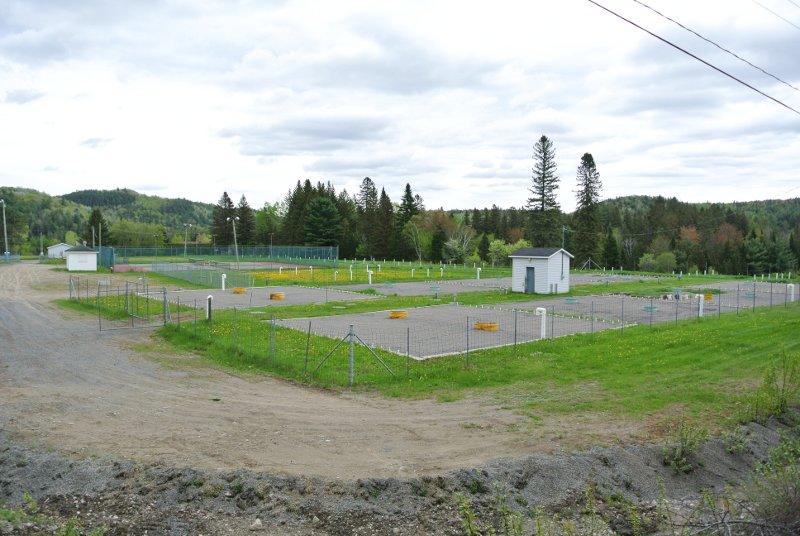 Le Parc Municipal: vue de la route 125