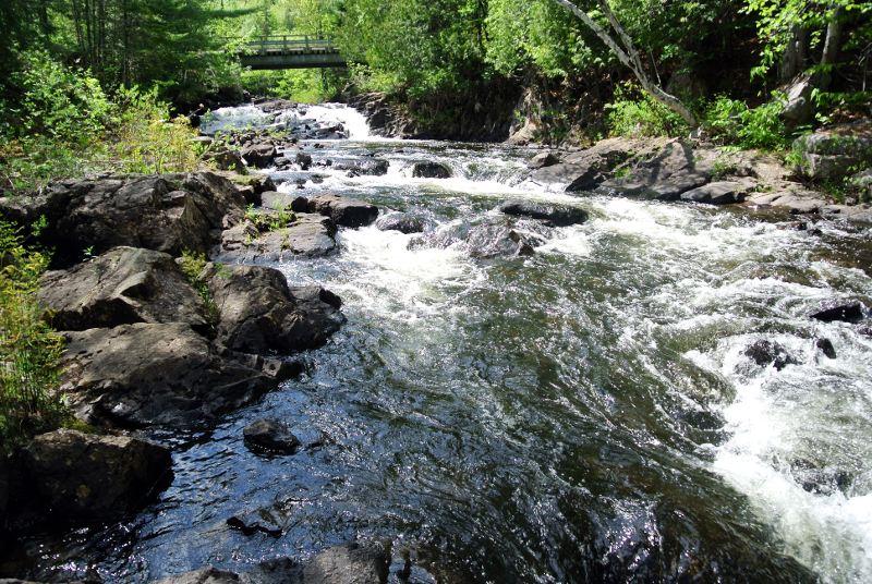 La rivière élargie