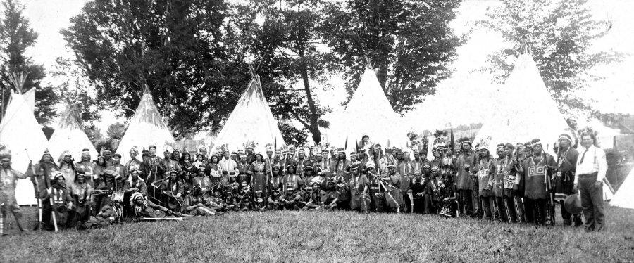 Les Indiens de L. O. Armstrong