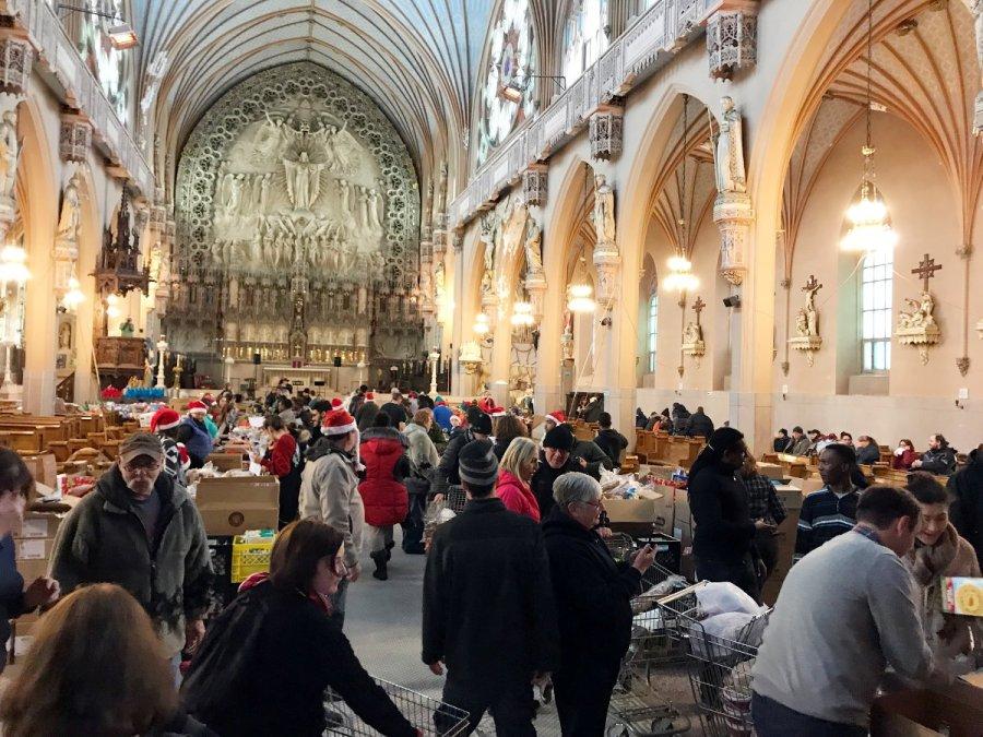 Intérieur de l'église Sacré-Coeur de Montréal