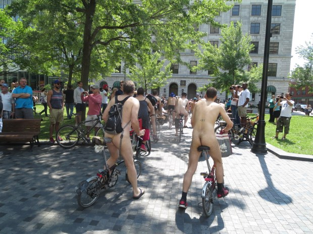 naked bike ride montreal