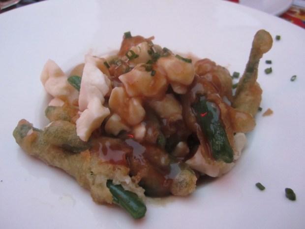 Tempura Green Bean Poutine. Photo Esther Szeben.