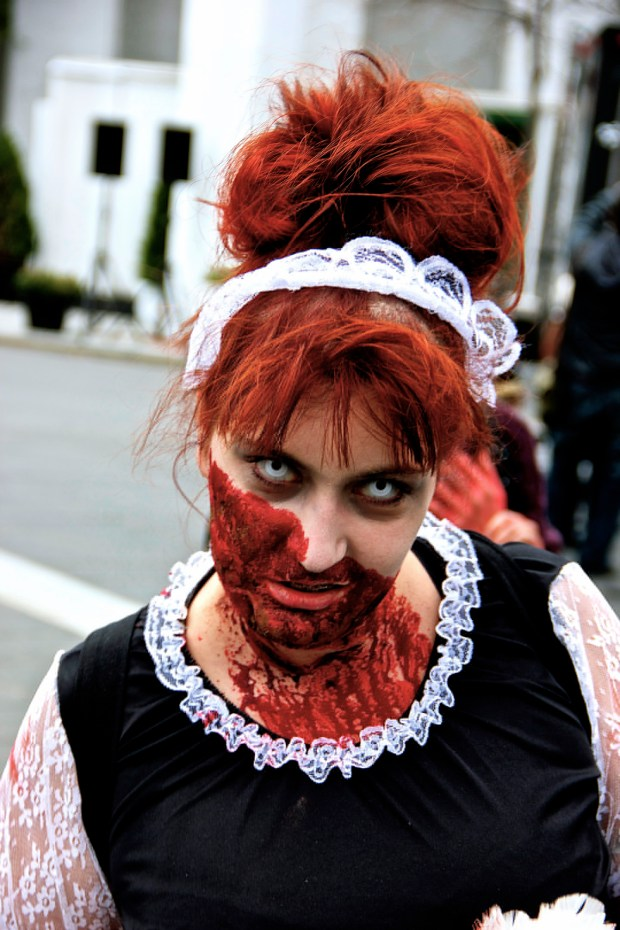 Waitress. Zombie Walk. Montreal. Photo Michael Bakouch.