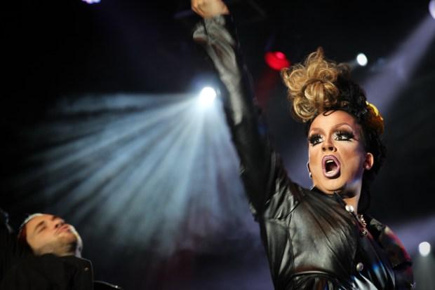 ILLUSION. Drag Queens. Fierte Montreal. 2015. Photo Magali Crevier.