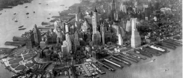 Manhattan, New York, c. 1930. Photo credit: US National Archives/Wikimedia Commons.