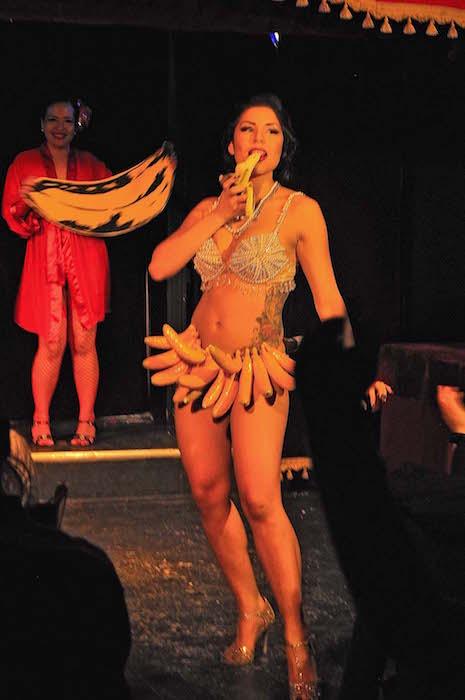 Lou Lou La Duchesse de Riere. El Carnaval Burlesque. Wiggle Room. Montreal. Photo Sebastian Mora.