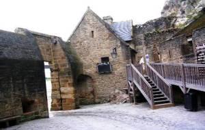 La Cour de l'Avancée entrée du Mont-Saint-Michel