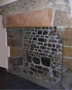 Mère Poulard cheminée ancienne Mont-Saint-Michel