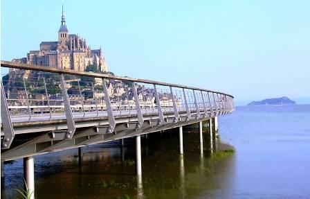 Départ du pont-passerelle