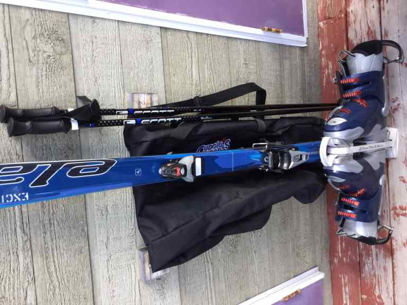 Kit de ski complet (taille 10 ans femme à peu près) à vendre