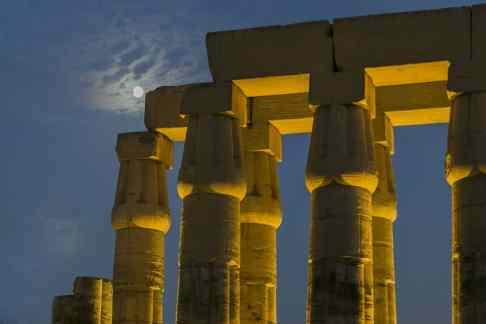 Luxor_Temple_005