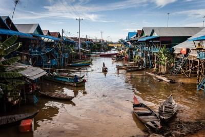 Village inondé par le lac