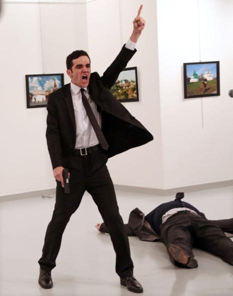 Burhan Ozbilici - World Press Photo of the Year
