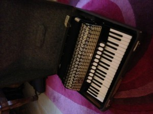 I still have the black machine. Indeed it brought me to many parties at third level and I busked with ti when I was an impoverished student!