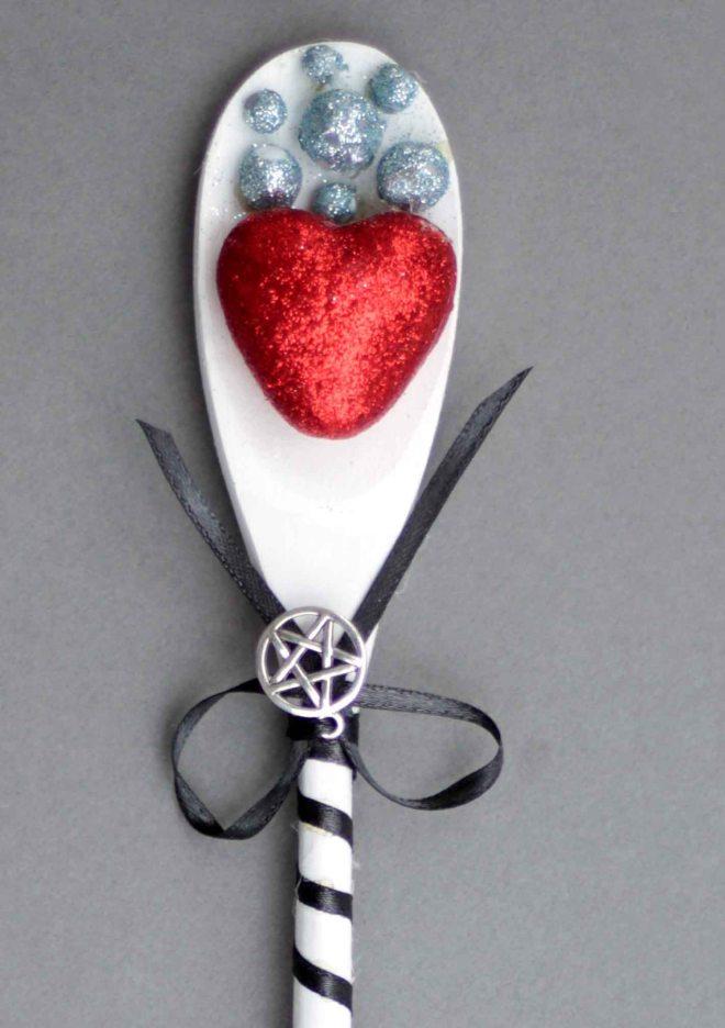 spoon-wand-tight