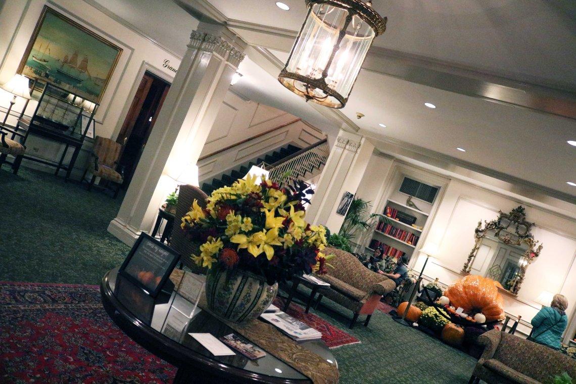 hawthorn hotel interor