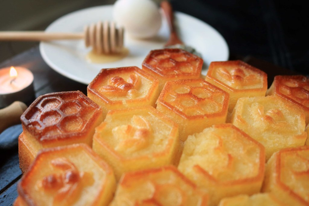 Honey cakes for pagan wiccan Summer Solstice Litha Ritual.