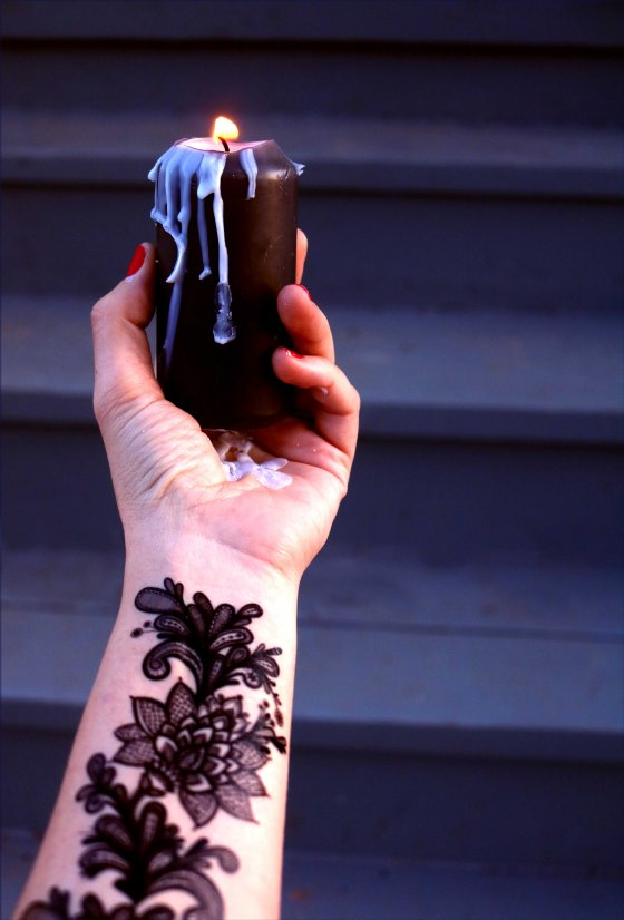 Candle Making for Candle Magic: Tips for Beginners and Advanced Witchcraft Practitioners.