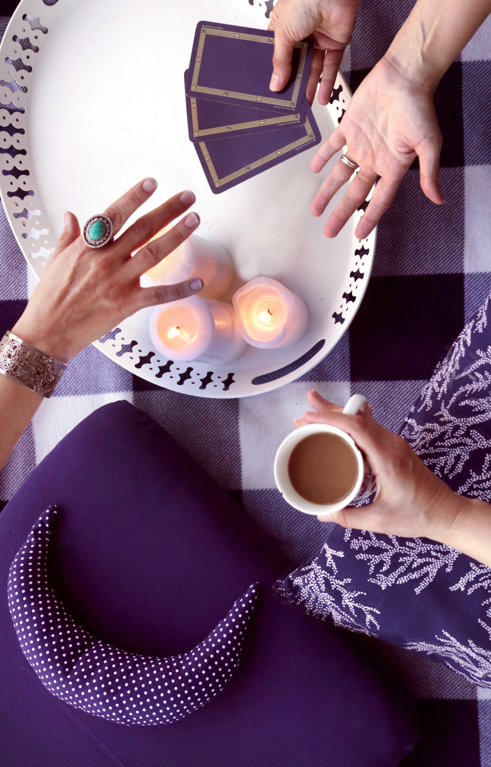 The Indigo Moon is a forum for witches and magical practitioners to share spells, recipes and natural living tips.