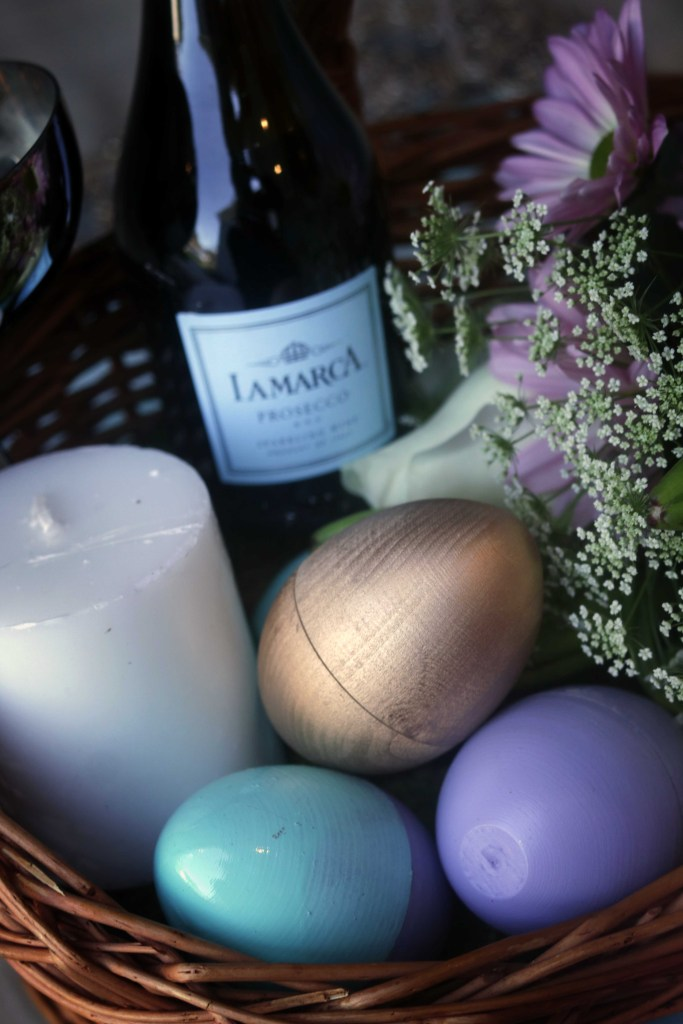 Beautiful Ostara basket with handmade and natural elements that gift it an elegant, graceful look.
