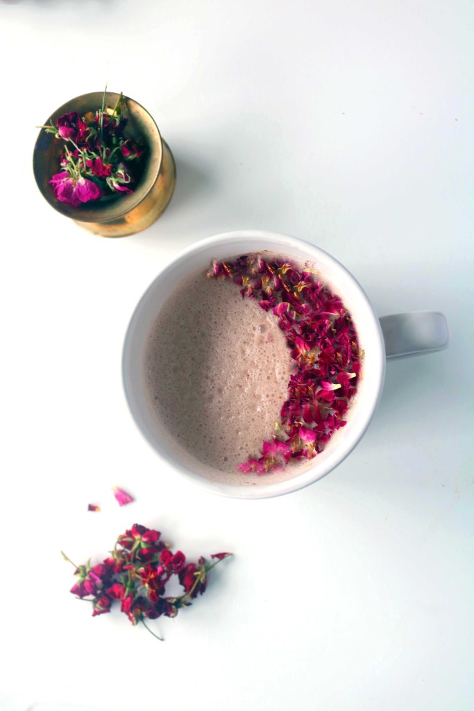 Rose moon moon with cherries, ginger and honey to celebrate the June moon and settle into a beautiful summer sleep.