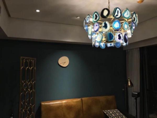 Slice agate chandelier / Tower