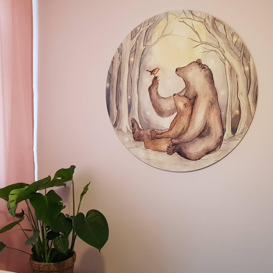 Behangcirkel van Hartendief op MDF op lichtroze muur