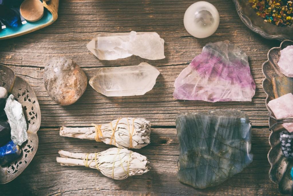 Энергетическая чистка. Как очищать камни и кристаллы?