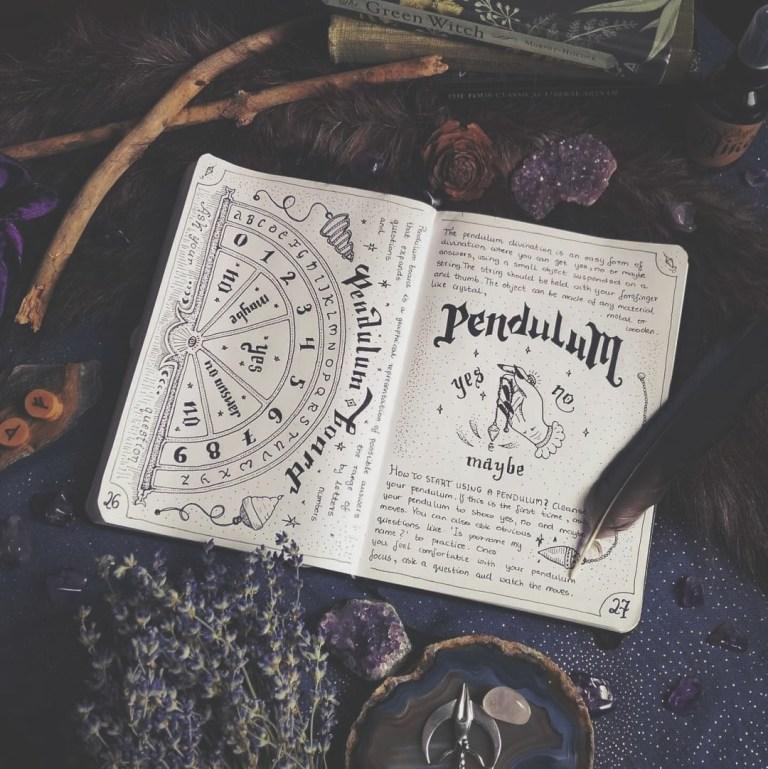Ведьмина книга. Как начать вести свой личный гримуар