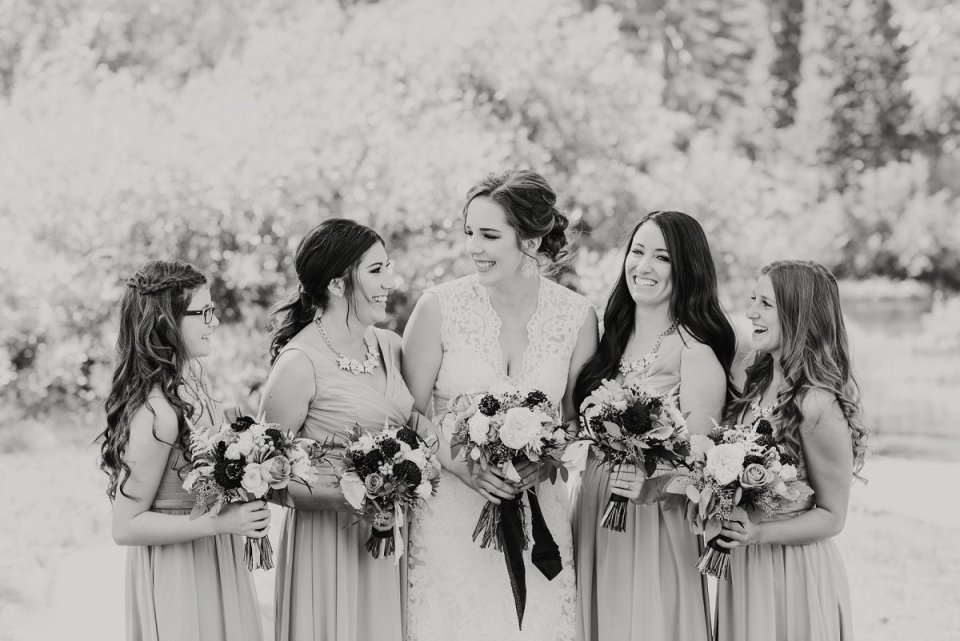22-tamarack-lodge-twin-lakes-mammoth-wedding-photographer