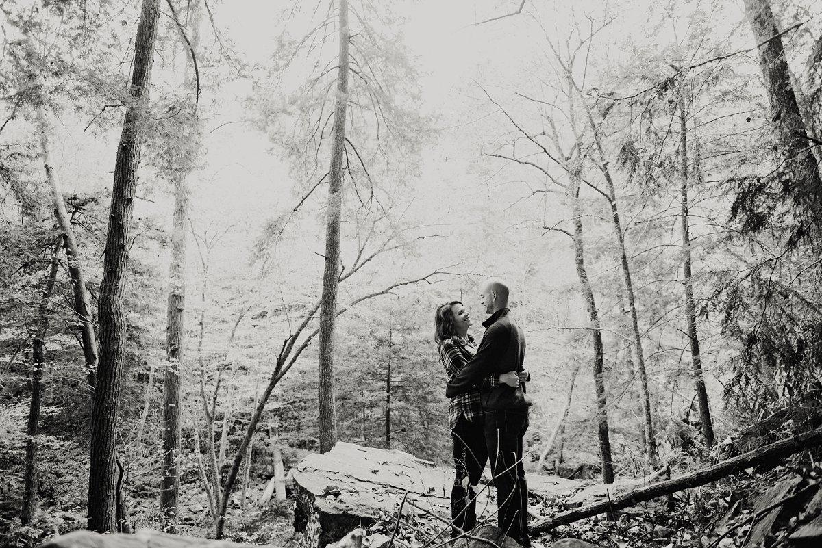 nashville-tennessee-adventure-wedding-photographer-fall-creek-falls-engagement-8