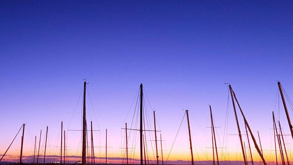 Trieste Tramonto tra le barche a Barcola