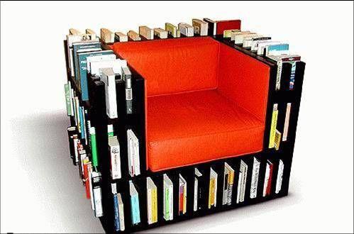 這個對愛看書的人一定是必買的配備...XD