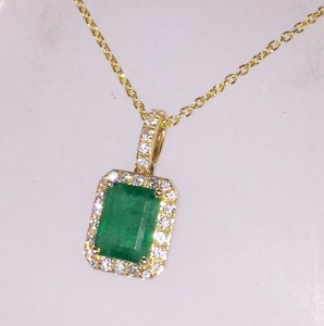 Emerald Necklace | Headlines Boutique