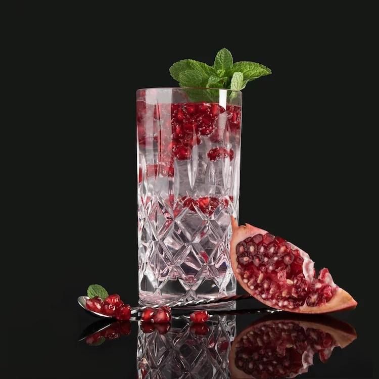 GRANATAPFEL MOORGIN & TONIC - MOORDESTILLERIE Signature Drink