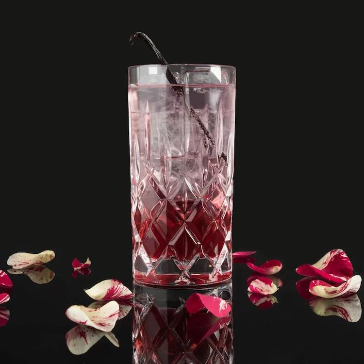 NEW YORK MOORGIN & TONIC - MOORDESTILLERIE Signature Drink