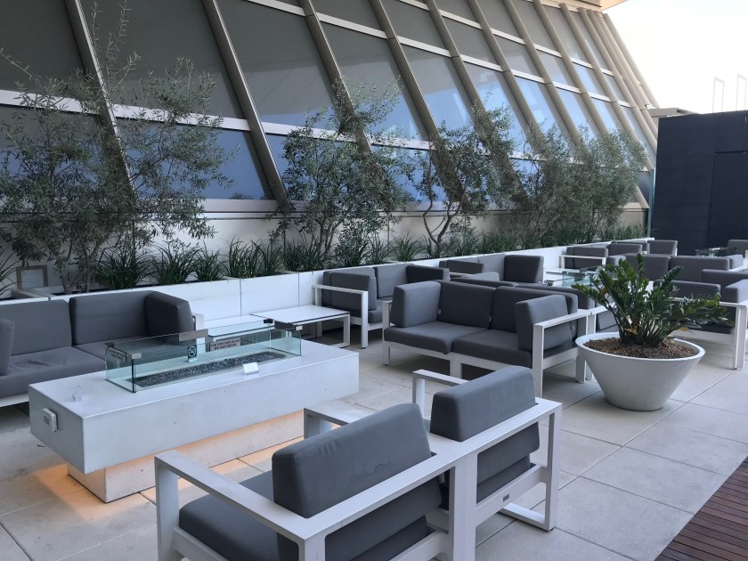 LAX Star Alliance Business Class Outdoor Terrace Sitting Areas